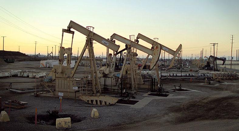 El petróleo Brent cierra en 75,32 dólares, el 1,47 % menos