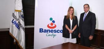 Firman acuerdo colaboración Banesco y UNIBE