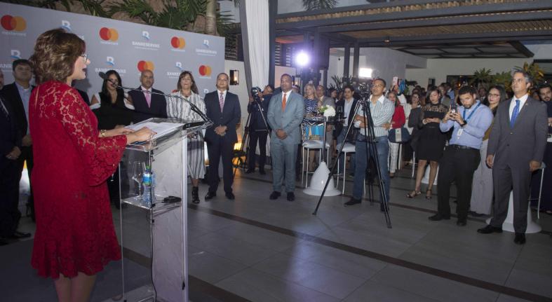Banreservas lanza Tarjeta Débito Mastercard Platinum
