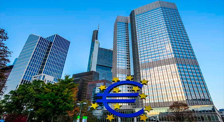 Banco Central Europeo debatirá terminar las compras de bonos