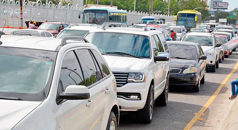 Venta de vehículos motoriza la cartera de préstamos de la banca dominicana