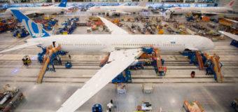 Boeing recibe pedidos y compromisos de compra por US$100,000 millones