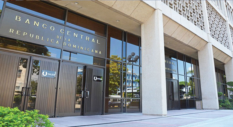 Banco Central mantiene su tasa de política monetaria en 4.50% anual