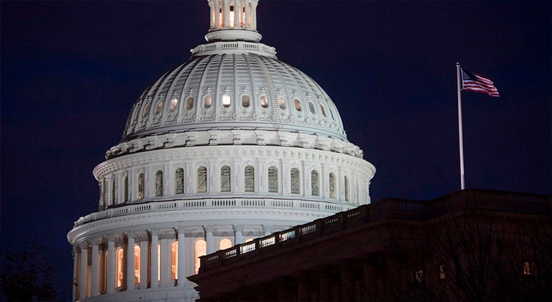 EE.UU. revisa a 3.4% el crecimiento en el tercer trimestre