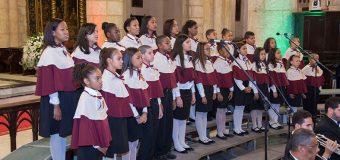 Danny Rivera y el Coro de la Catedral cantarán en Concierto de Navidad
