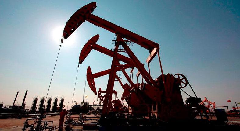 El petróleo de Texas sube un 3,2 %, hasta los 52,11 dólares el barril