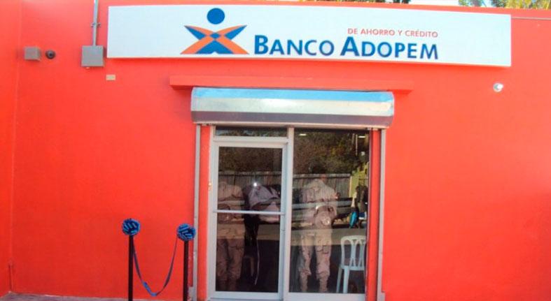Banco Adopem apoyó a más de mil emprendedoras durante el 2018