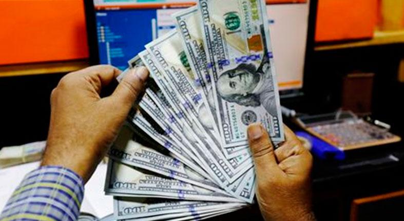 Acciones se debilitan por ampliación de la fortaleza del dólar