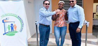 Voluntariado del Banco Central entrega vivienda