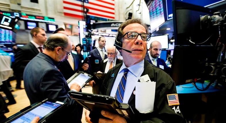 Wall Street opera mixto a media sesión y el Dow Jones baja un 0,01 %