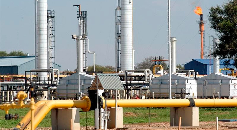 El precio del petróleo de Texas baja un 0,05 % hasta 56,56 dólares el barril