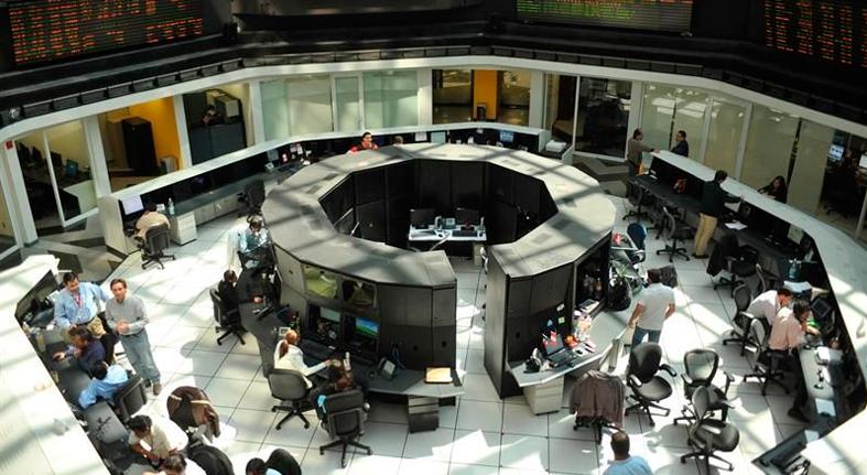 Los mercados de América Latina cierran mixtos en una jornada de festivos en la región
