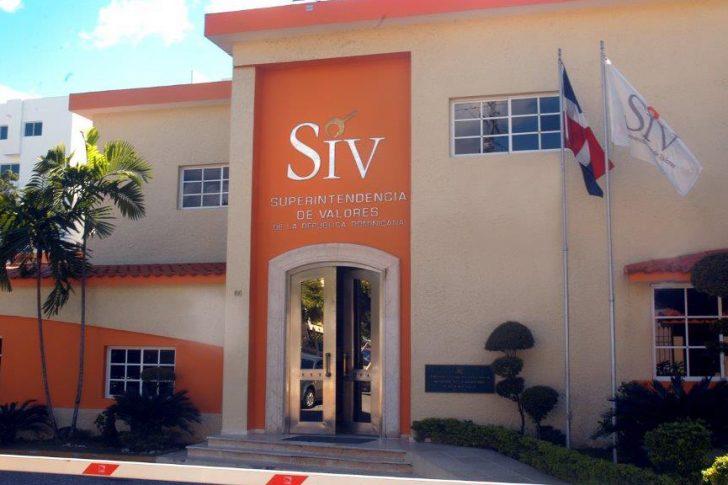 Superintendencia Mercado de Valores realiza donaciones a hospitales