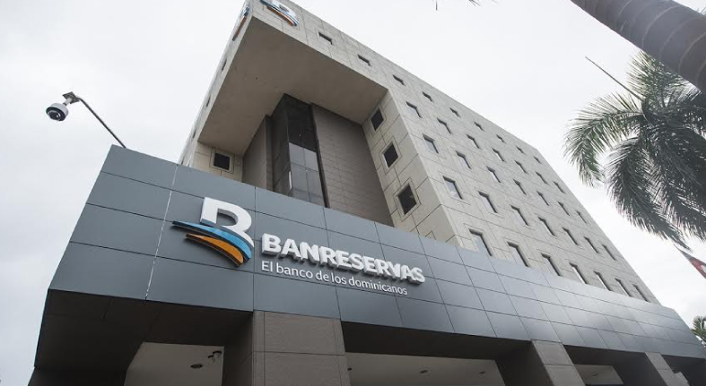 """Revista Global Finance premia por 2do año a Banreservas como """"Mejor Banco de RD 2019"""""""