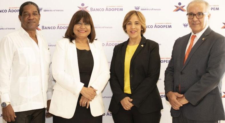 Banco Adopem amplía programa finanzas rurales