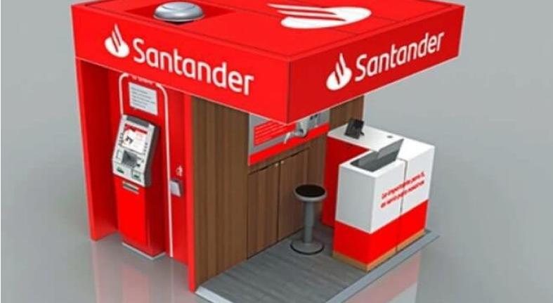 Santander lanza quioscos para operar en México