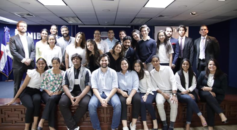 """Presentan ganadores de """"Innova con Banesco"""""""