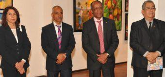 Jubilados del Banco Central abren exposición ¨Matices del Caribe¨