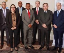 Gobernador del BC participa en reunión del FMI y el Banco Mundial