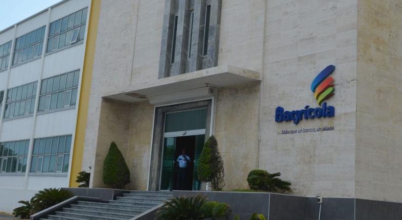 Bagrícola formaliza préstamos agropecuarios por RD$70,108 millones