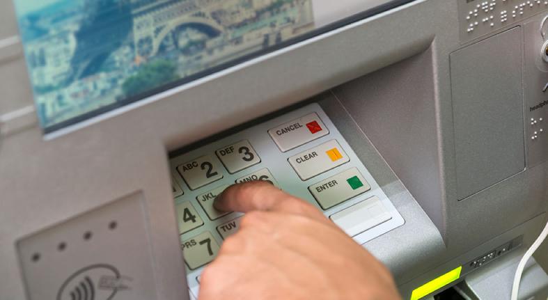 Provincias del Sur del pais tienen menor desarrollo bancario