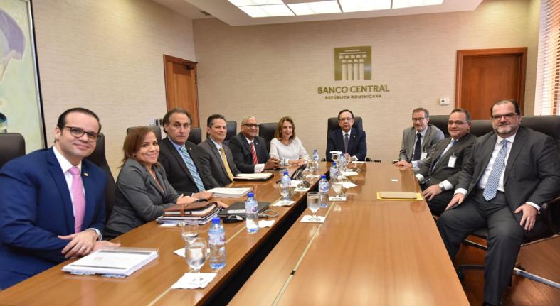 Valdez Albizu se reúne con ejecutivos INKIA Energy presentan planes de inversión en sector eléctrico