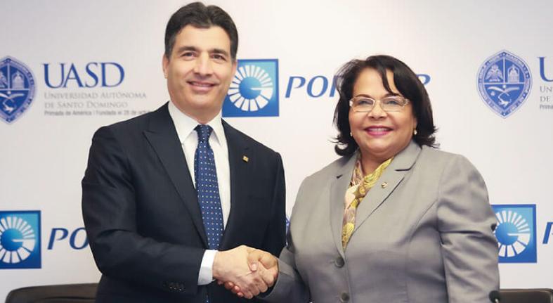 Banco Popular y UASD firman alianza