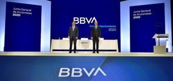 Presidente del BBVA renuncia a su bonus del 2020