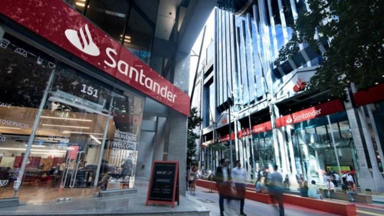 Banco Santander asume cambios para enfrentar la crisis del Covid-19