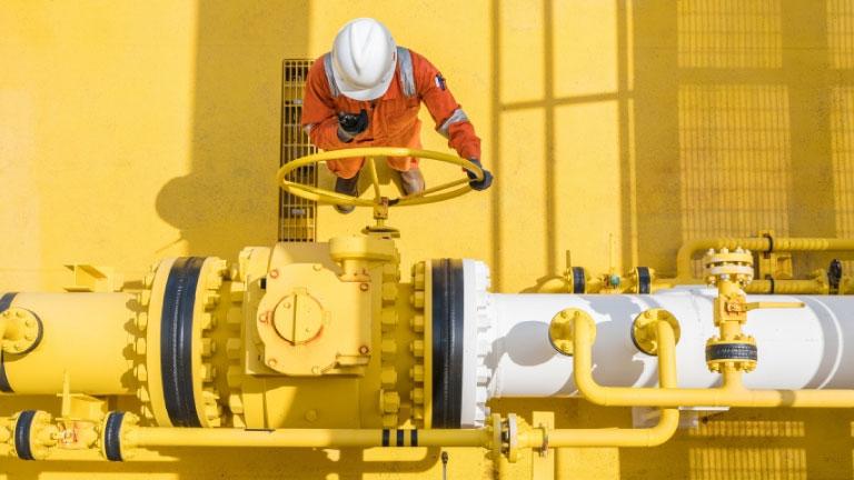 El mercado del petróleo crudo es el más afectado por la pandemia