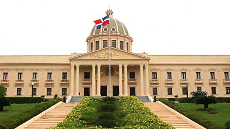 Gobierno y el Banco Central prepararán plan de reactivación económica