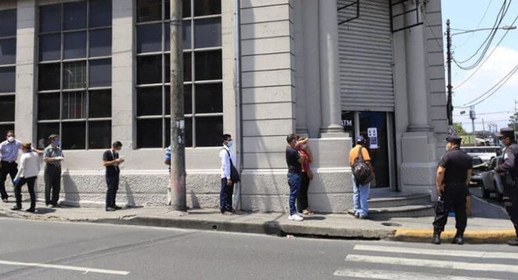 Cómo sostener la fuerza laboral bancaria después del Coronavirus