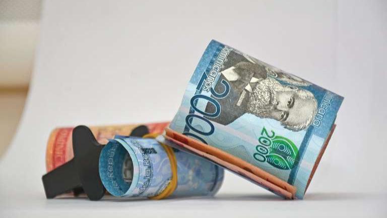 Economista afirma cada mes faltarían unos RD$10,000 millones de ingresos para cubrir los gastos