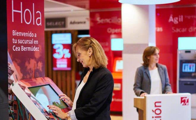 Santander suma 300,000 clientes digitales en cinco meses