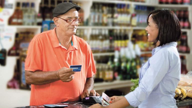 Monto transado por subagentes bancarios aumentó un 36.7% en el primer trimestre