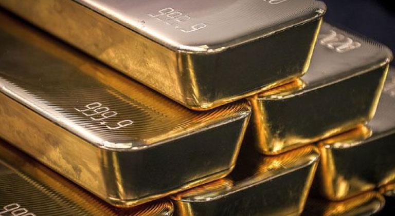 La cotización del oro supera de nuevo los 2,000 dólares por onza