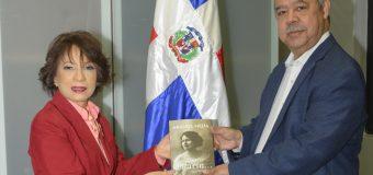 Reedita Banreservas clásico Sueña Pilarín de Abigail Mejía