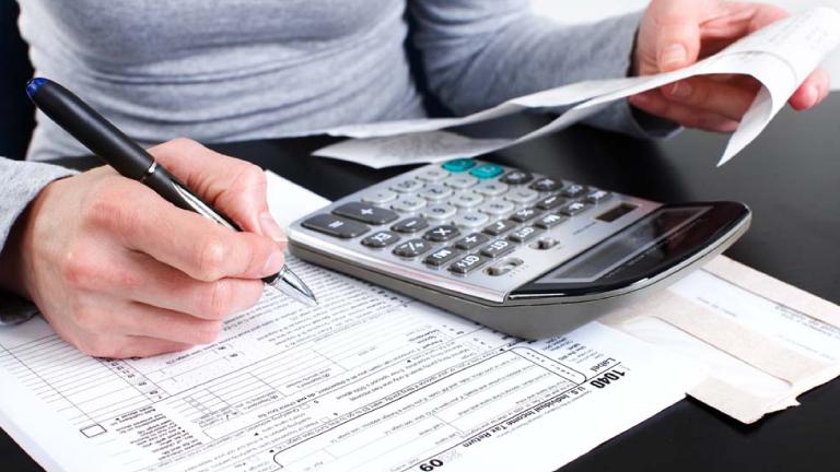 Algunos contribuyentes pueden necesitar hacer pagos impuestos estimados