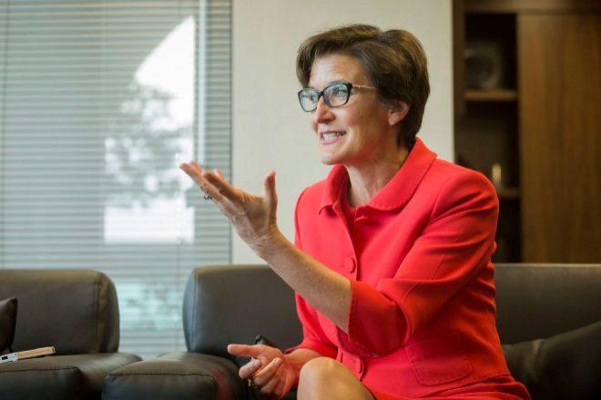 Elige junta directiva Jane Fraser suceder Corbat CEO del CITI