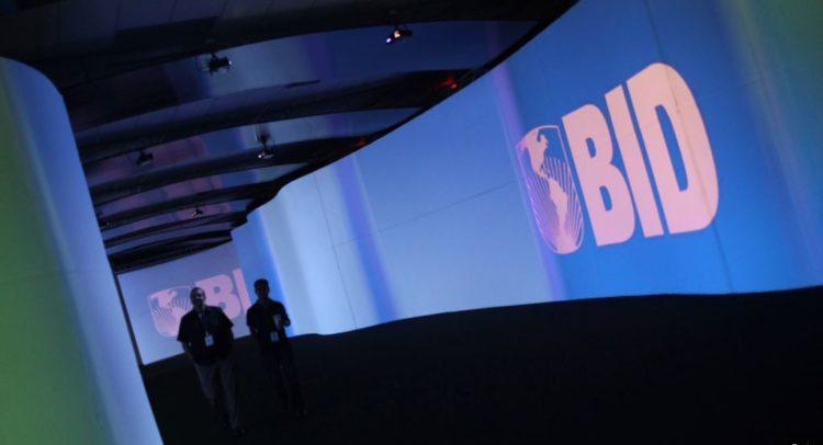 BID plantea RD aproveche ventajas competitivas para atraer inversiones