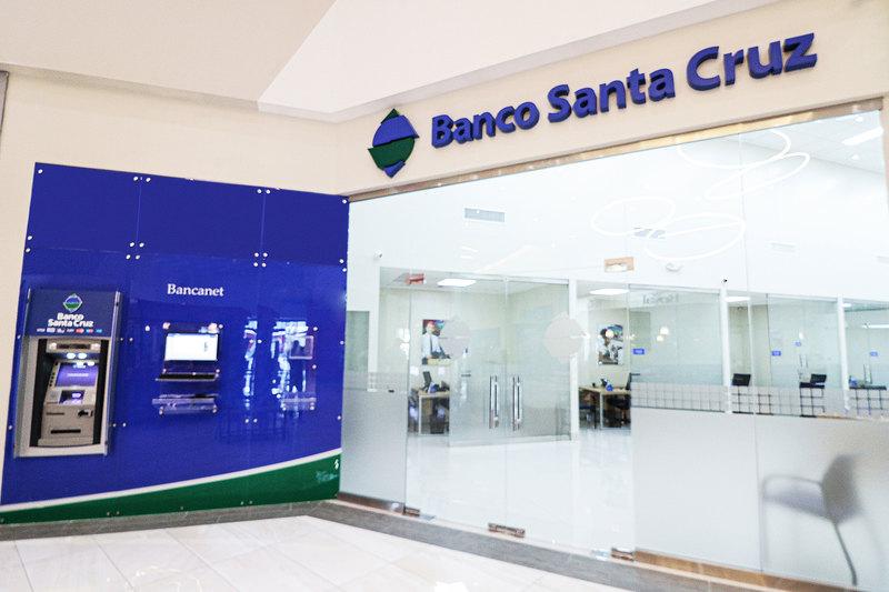 Apertura Banco Santa Cruz nuevo Centro de Negocios