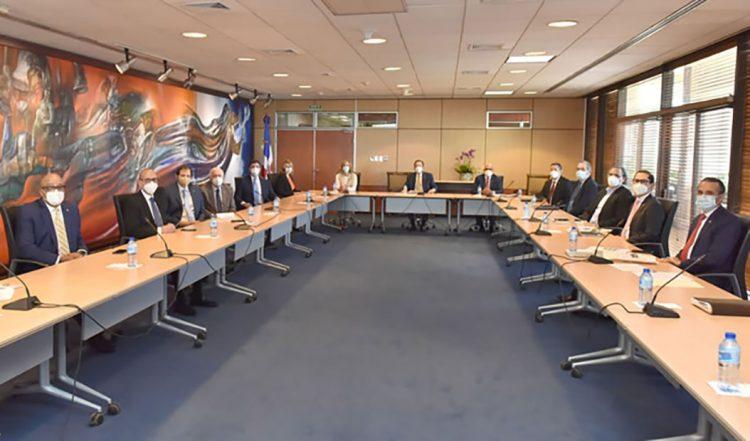 Sistema financiero propone aportes trimestrales por RD$5,000 millones al fisco en 2021