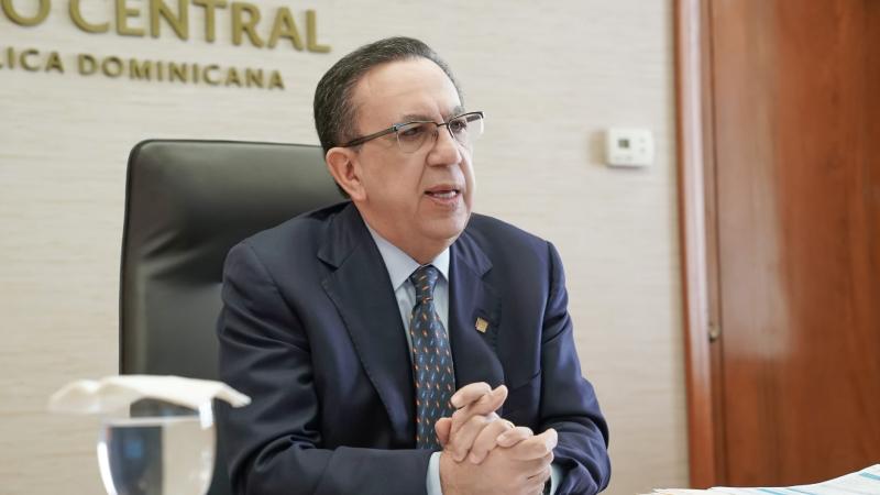 Valdez Albizu participa en reunión del Consejo Monetario Centroamericano con presidentes de bancos centrales de la región y representantes del FMI