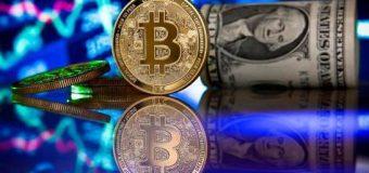 El bitcoin sube más de 4,000 dólares en un día