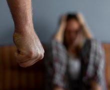 Culpar a la mujer y minimizar la violencia son ideas presentes en la sociedad dominicana