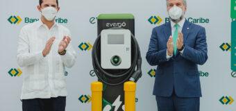 Apertura Banco Caribe su primera estación recarga vehículos eléctricos