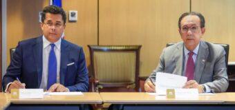 Mitur y Banco Central firman acuerdo de intercambio de información sobre sector turismo