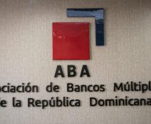 Evidencia sector bancario fortaleza indicadores desempeño
