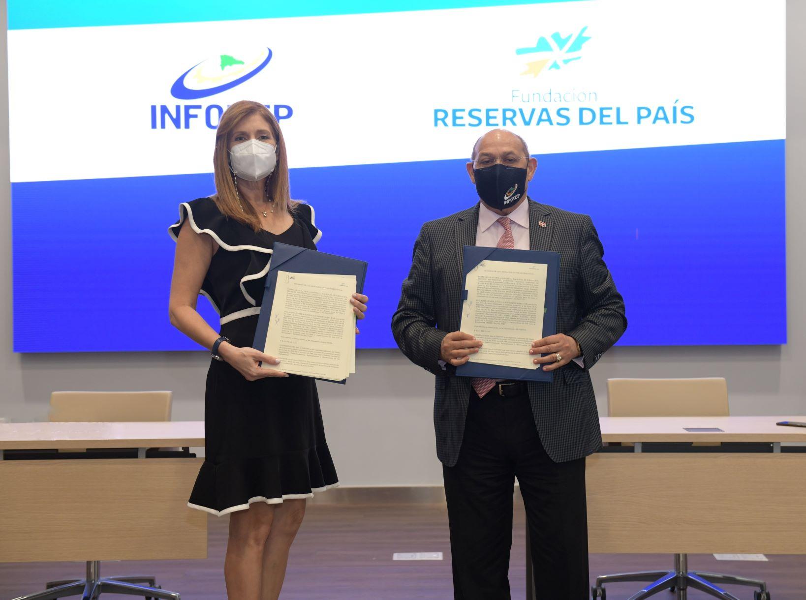 Firman INFOTEP y Reservas del País convenio impulsar productividad MIPYMES