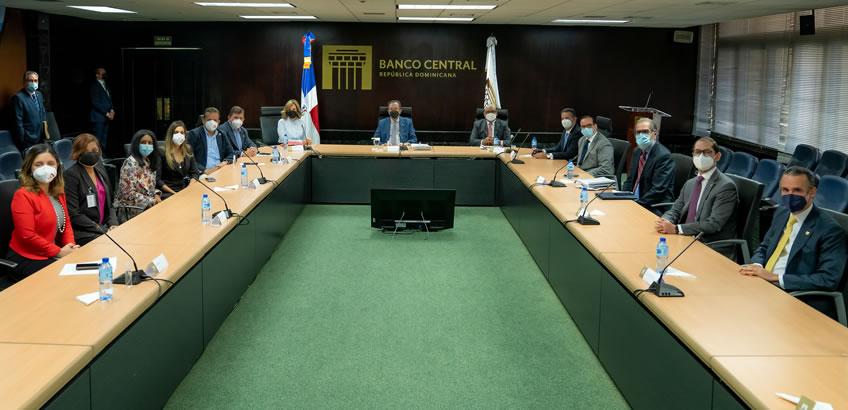 Banco Central y Acoprovi pasan revista al sector construcción